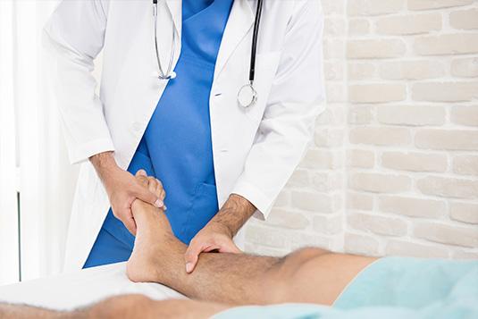 Traumatologia y ortopedia de tobillo y pie